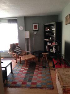 Clean Room in Sunalta Area