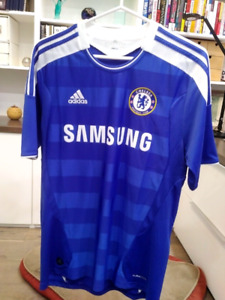 Chelsea Size M Jersey