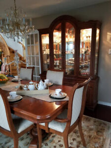 9 Pcs Dining Set, For Sale, 6 Chairs,Table, Hutch/Buffet