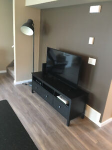 3 Bedrooms with 2.5 Bathrooms and a Garage!