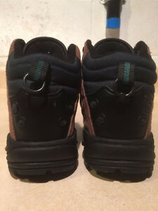 Women's Cedar Ridge Hiking Boots Size 6 London Ontario image 3