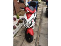 2012 Sym Jet 4 125cc scooter with box! Bargain RRP 1799£
