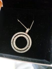 Pandora circle chain