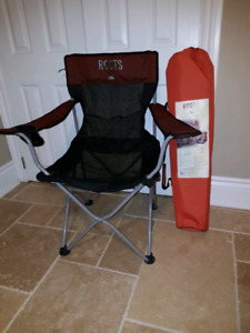 Roots portable chair