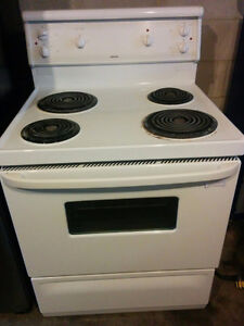 Hotpoint Stove/Oven. Delivery Included.