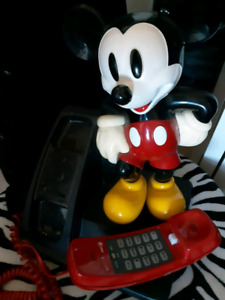 Mickey mouse 1980 vintage phone