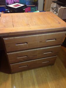 Dresser (3 Drawers)