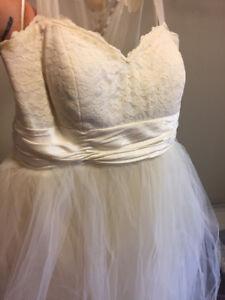 Cream/Tulle Wedding Dress