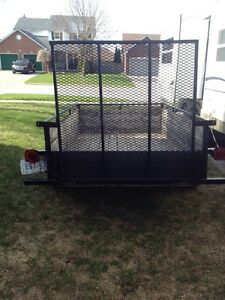 4'X8' Utility Trailer with landscaping gate.