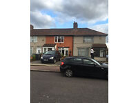 2 BED HOUSE CONVERSION FLAT: ROBINSON RD DAGENHAM HEATH RM10 7SS (NO DSS CALLING)