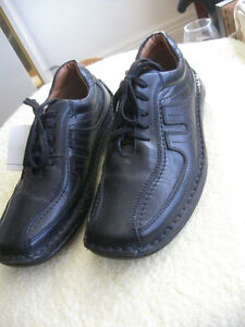 UNISEX QUALITY LEATHER  FOOTWEAR BRAND NEW..SIZE 7