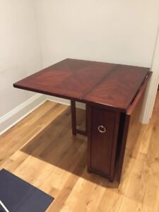 Foldable wood table with storage and 2 chairs