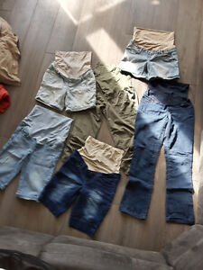 Maternity Clothes ($10 by item, or $150 for bundle) London Ontario image 1