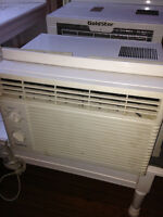 Goldstar 5500 BTU air conditioner//climatiseur