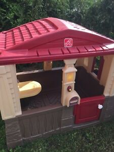 Step 2 kids playhouse