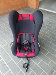 Britax Safe N Sound Baby Child Safety Restraint Seat 0-4yrs