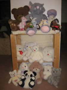 20 Stuffed Animal Toys plus knitted Blanket