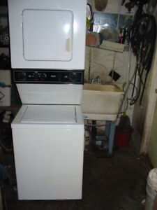 "Kenmore 24"" Stackable Washer / Dryer Combo Unit"