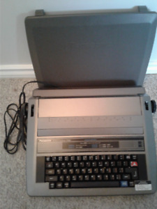 Electronic typewriters for sale
