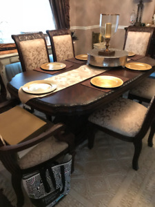 Solid wood Aico Micheal Armini and Jane seymor Collection Dining