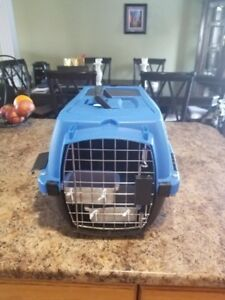 Pet Travel Crate with Feeding Tray 45