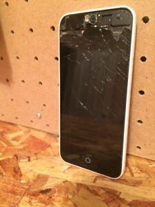 Broken iPhone  Peterborough Peterborough Area image 1