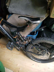2006? Specialized big hit 3 in perfect condition