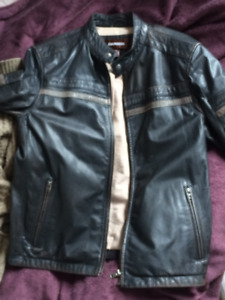 Danier veste de cuir /  Danier Leather Jacket