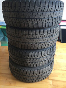 4 Winter tires - Nexen 215/45 R17