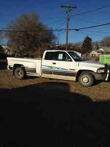 1996 Dodge Power Ram 3500 Pickup Truck