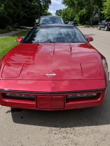 1990 Chevrolet Corvette C4 $10,000
