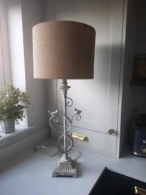 Cream Vintage Table Lamp