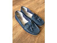 2 pairs ladies loafers size 6