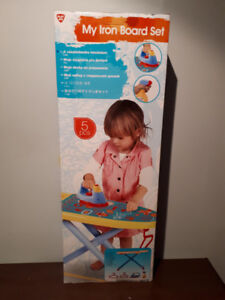 """""""PLAY GO"""" 5 PIECE IRONING BOARD SET....BRAND NEW!"""