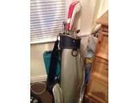 Golf bag and 5 clubs