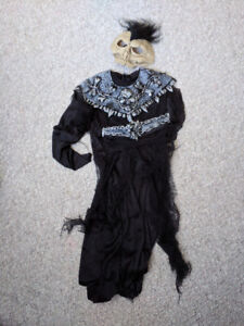Halloween Full Costumes for Kids 5-7 Years - Great Shape!!!
