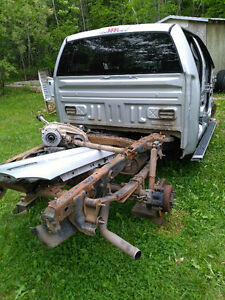 2005 ford parts cab and chasie