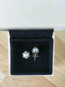 Pandora pearl elegance earrings