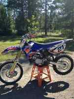 YZ 85 MUST SELL  PRICE REDUCED   LOW HOURS