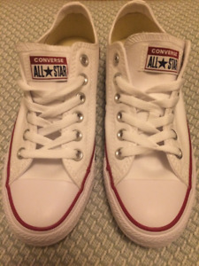 Converse 6.5  NEUVE / BRAND NEW Converse all-star sneakers 6.5