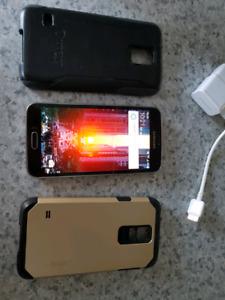 Galaxy S5 noir et bronze / Galaxy S5 16 GB Black and bronze