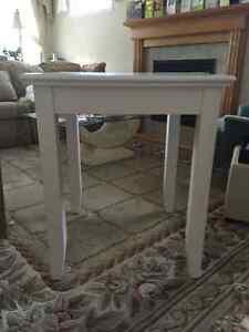 Casey Contemporary End Table - White