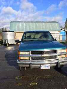 1998 Chevrolet Cheyenne Pickup Truck** Low Kms** Firm