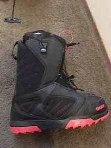 Men's size 14 THIRTYTWO boots