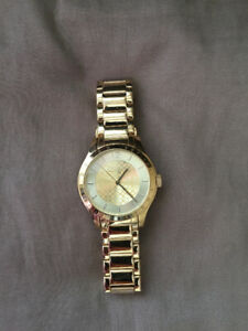 Authentic gold Coach watch / montre or Coach authentique