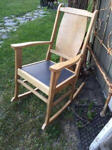 Chaise bercante buy sell items tickets or tech in for Chaise bercante kijiji