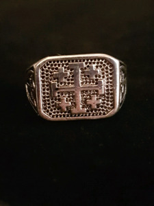 Brand new mens ring size 10
