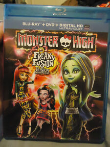 MONSTER HIGH FREAKY FUSION BLURAY DVD