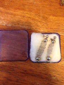 *New* earrings  (great gift!!) Kingston Kingston Area image 2
