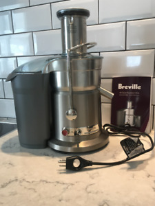 Breville Fountain Elite Juicer - only used a handful of times!